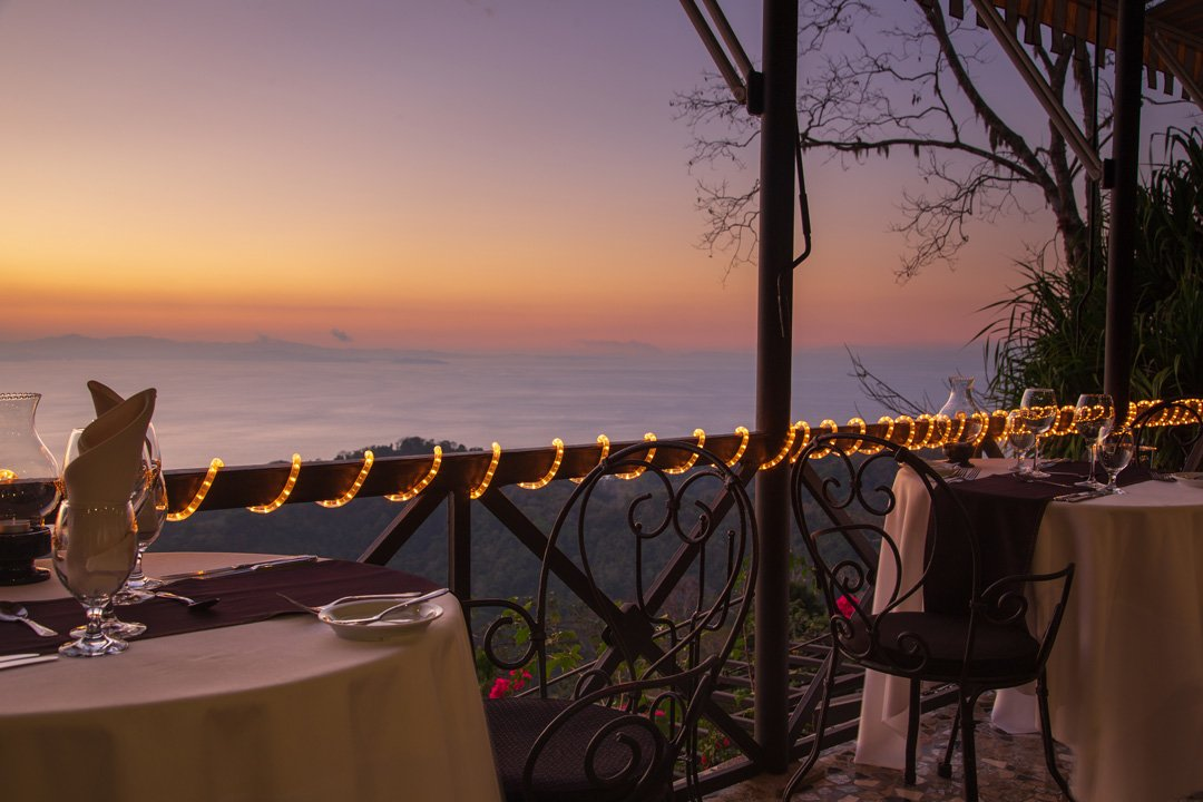 Abendstimmung Restaurant Villa Caleta mit Meerblick Costa Rica
