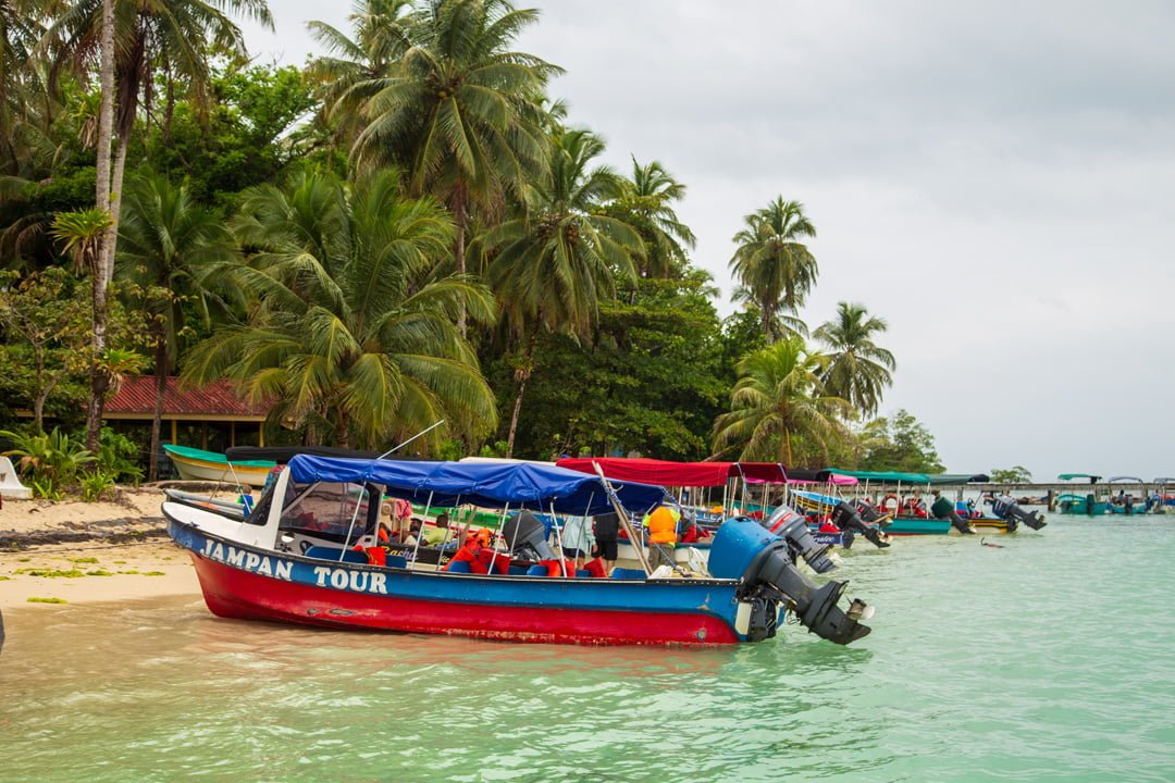 Ausflugsboote Isla Zapatillas Panama