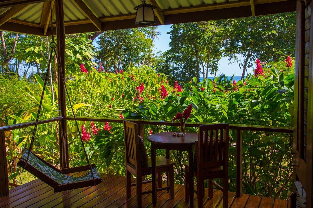 Hummingbird Veranda Bungalow Bocas del Toro