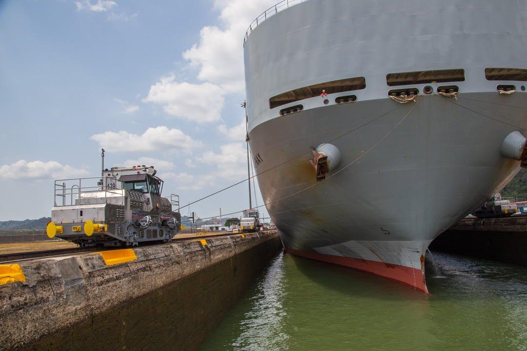 Panama Kanal Frachter