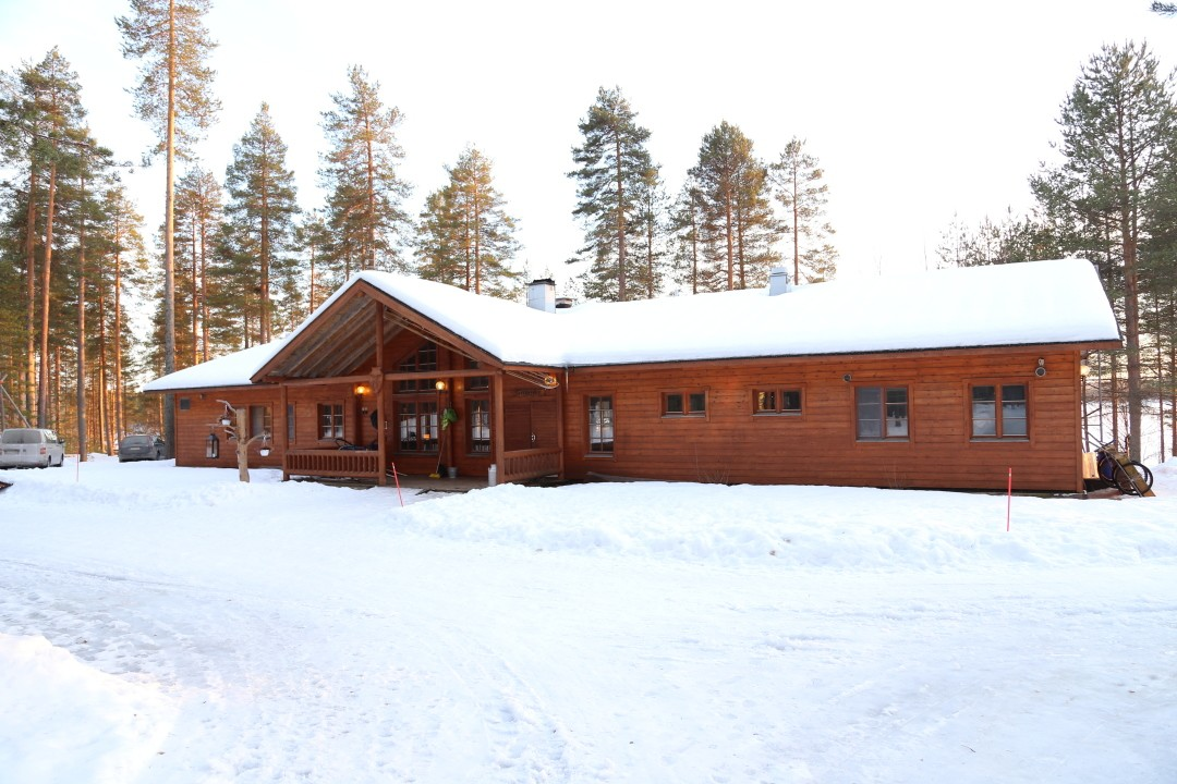 Hundeschlittentouren in Karelien Eräkeskus Lodge Finnland