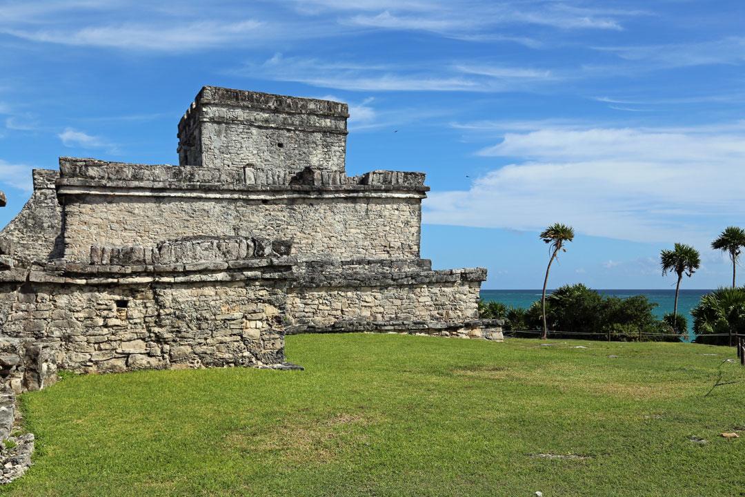 El Castillo Maya-Stätte Tulum Quintano Roo Mexico