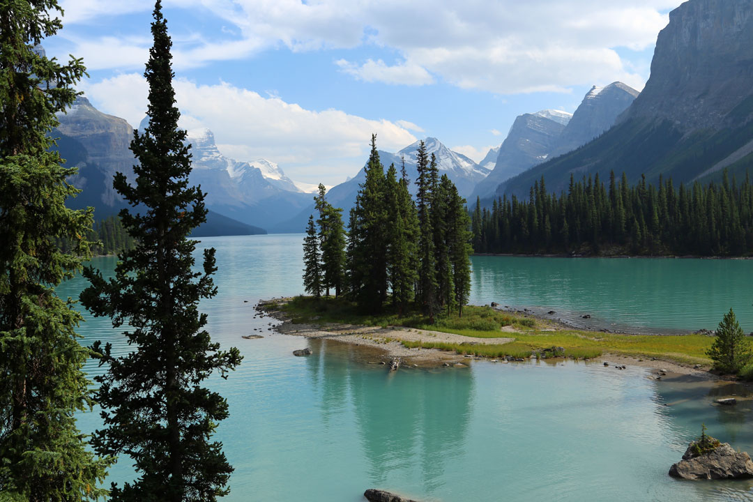 Spirit Island Maligne Lake Rocky Mountains Kanada