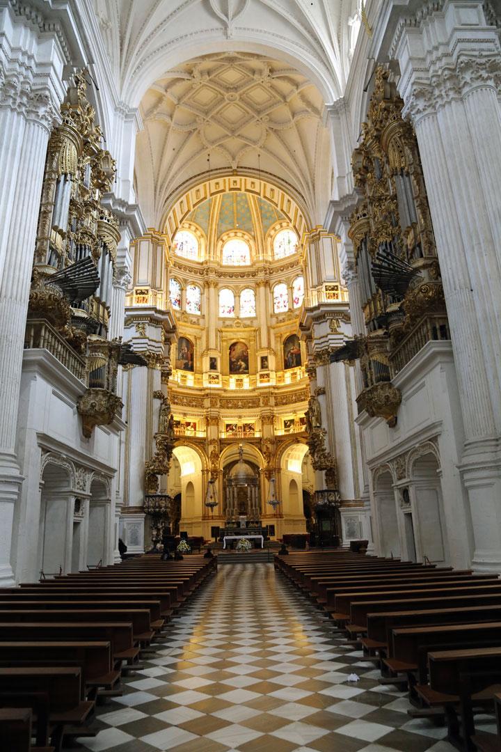 Innensicht Kathedrale Granada Spanien