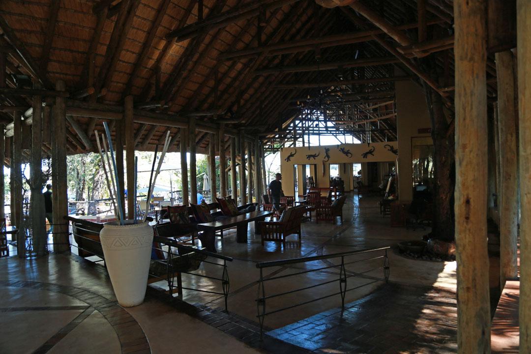 Chobe Safari Lodge Eingangshalle Botswana
