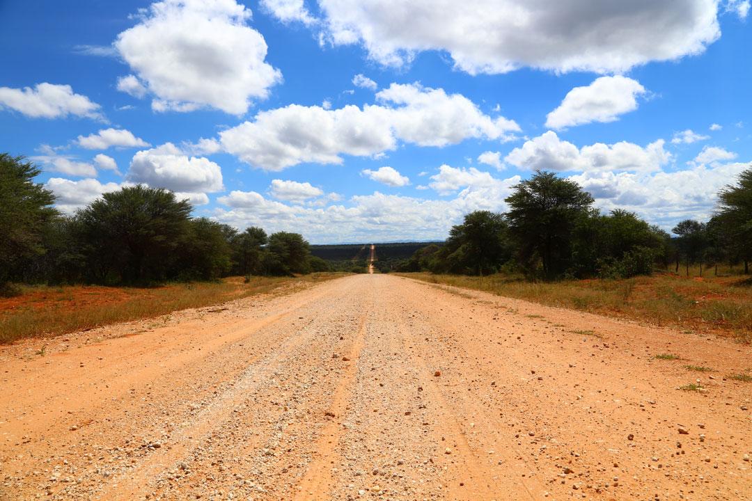 Auf der D2512 unterwegs Richtung Grootfontein