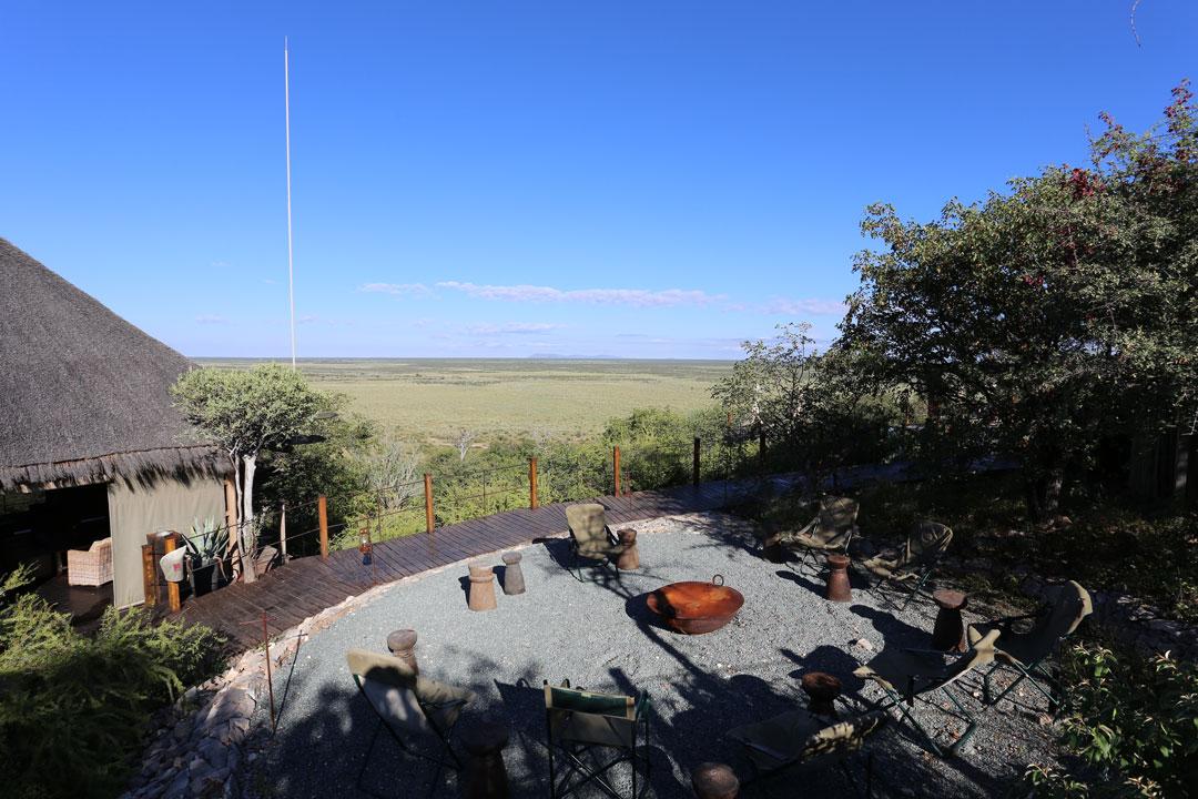 Etosha Nationalpark Dolomite Camp Sitzplatz Namibia