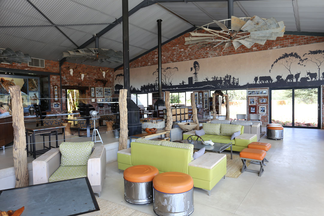 Okonjima Lodge Restaurand Namibia