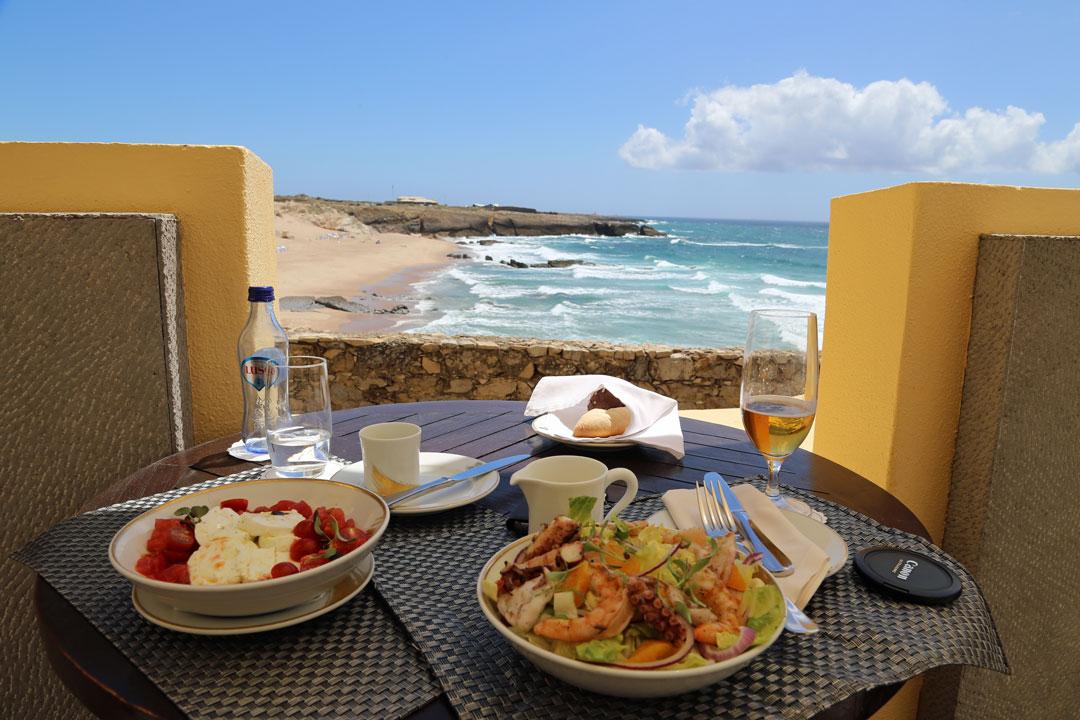 Fortaleza Do Guincho Lunch auf der Terasse Cascais Portugal