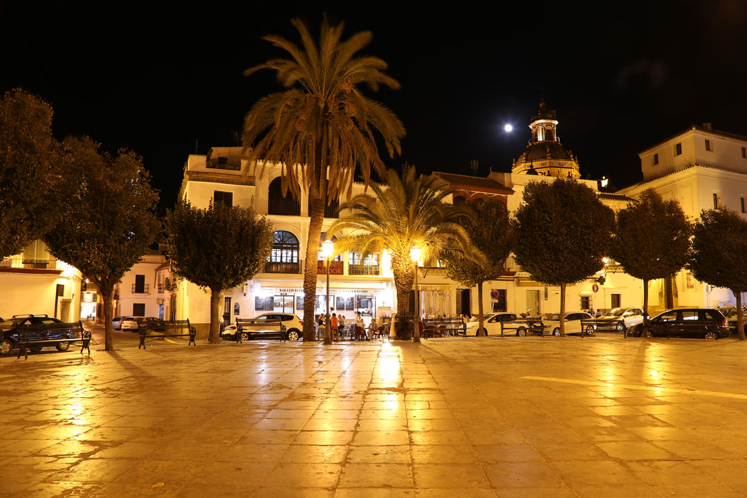 Carmona Plaza bei Nacht Andalusien Spanien