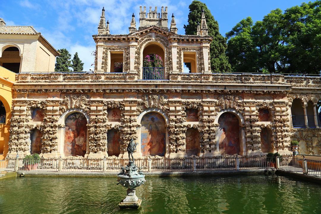 Alcazar Sevilla Brunnenanlage Andalusien Spanien