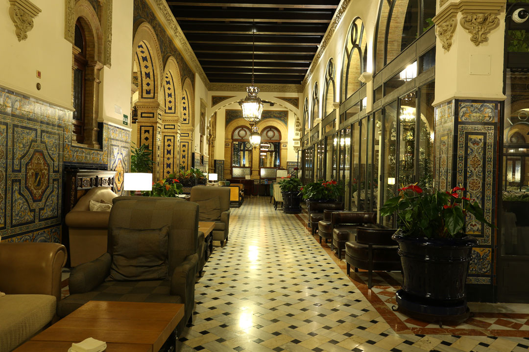 Hotel Alfonso XIII Lounch Sevilla Andalusien Spanien