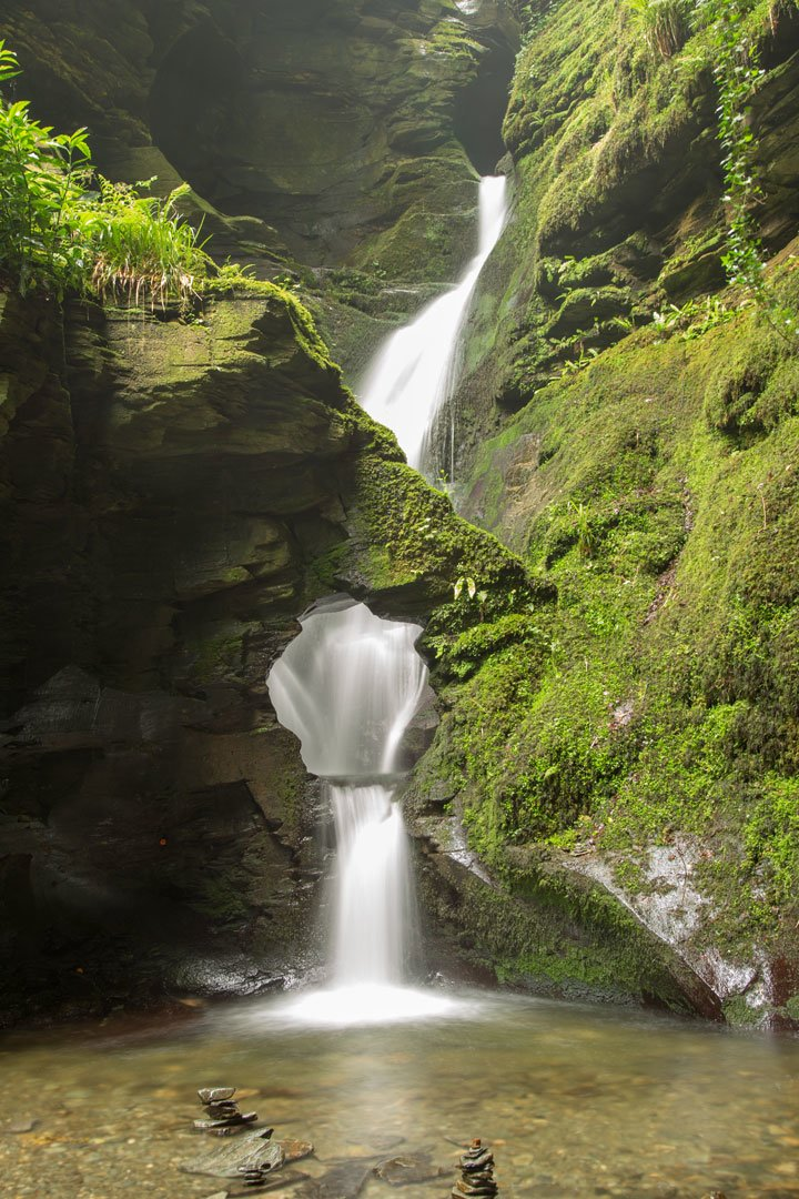 St Nectan Glen Wasserfall Merlins Well Devon