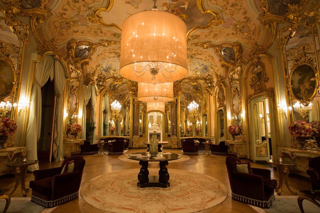 Villa Cora Spiegelsaal Florenz