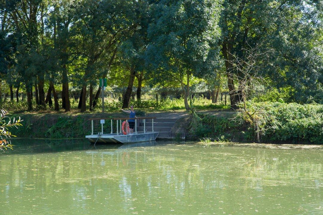 Fähre an der Loir nähe Briollay