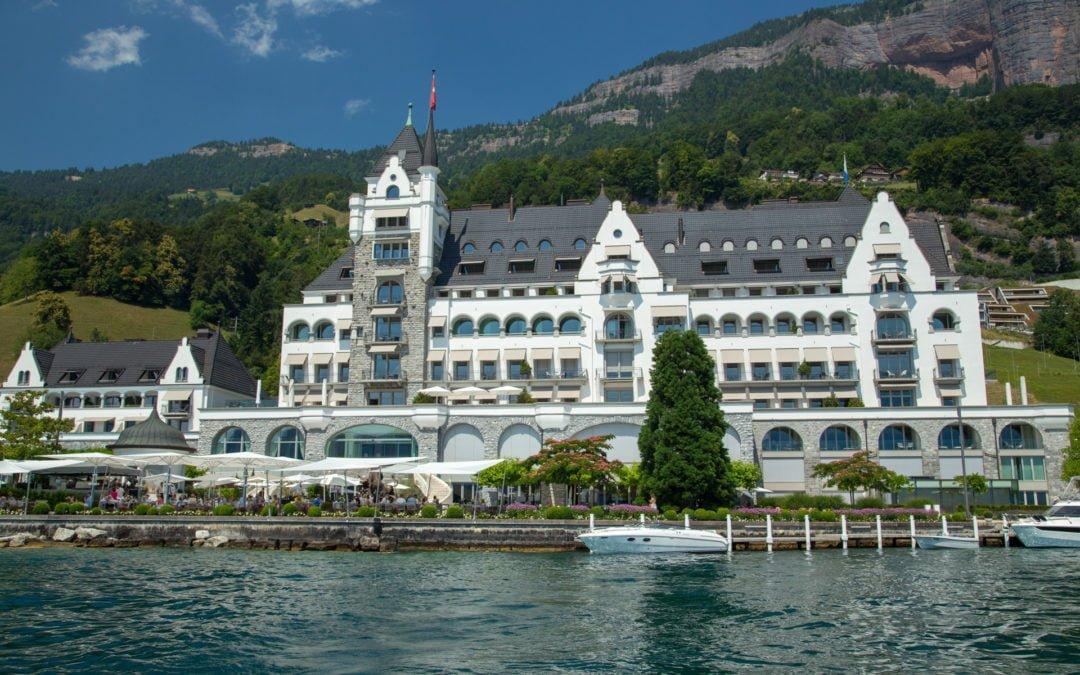 Seeterrasse Parkhotel Vitznau Eine Der Schonsten Am Vierwaldstattersee