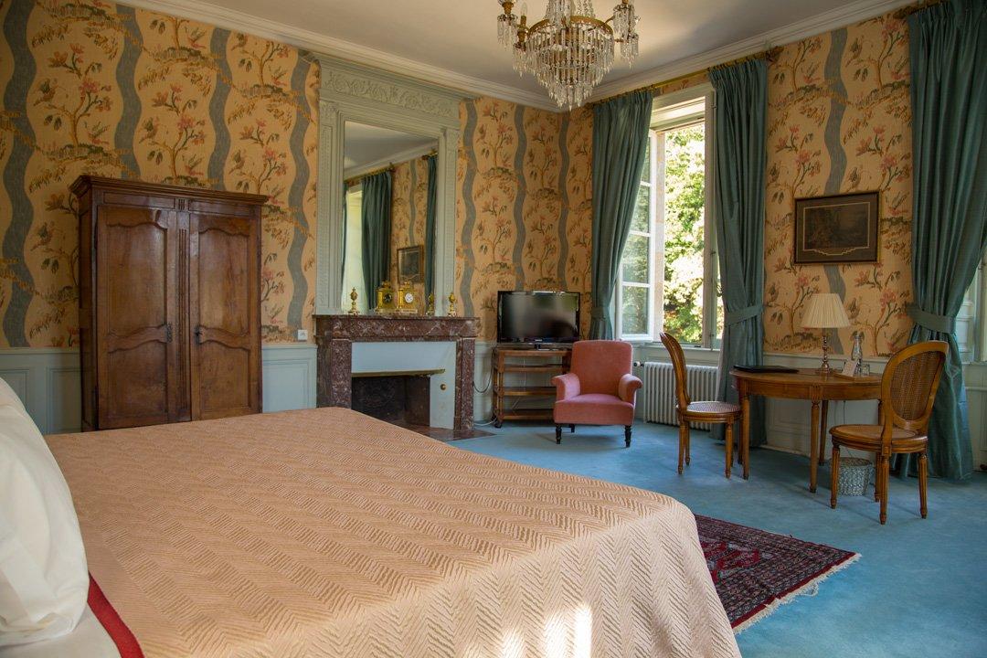 Zimmer Chateau de Locguenole Kervignac Frankreich
