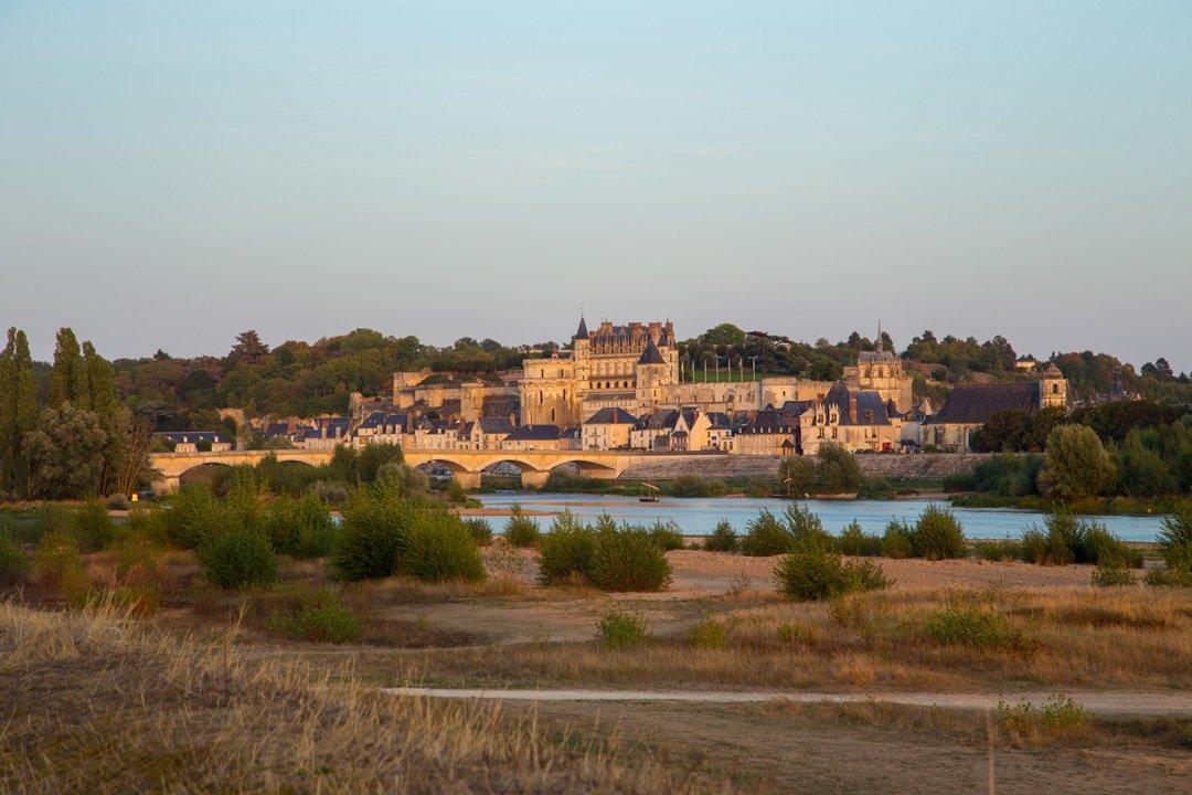 Ambrois am Abend an der Loire