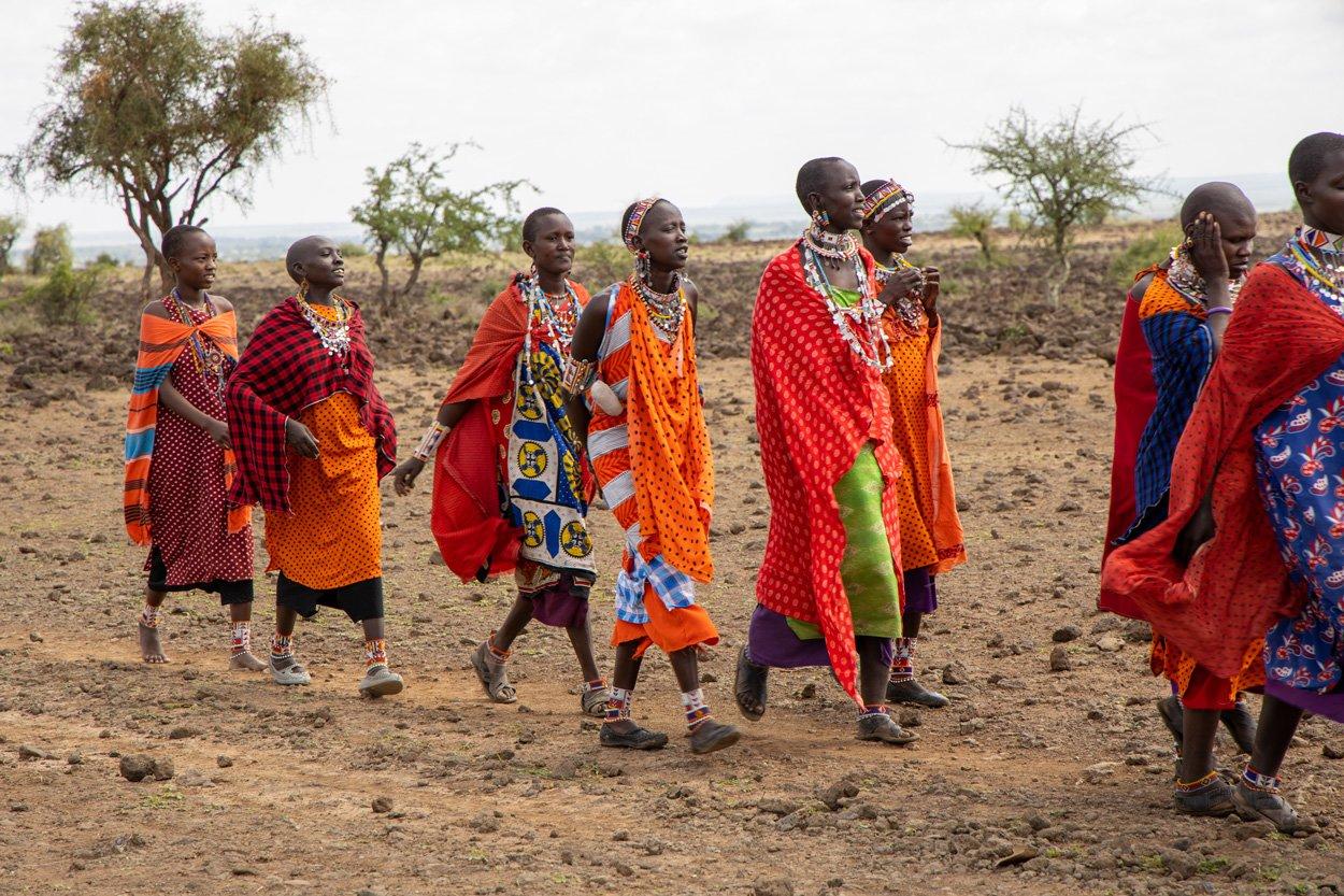 Massai Frauengruppe Amboseli