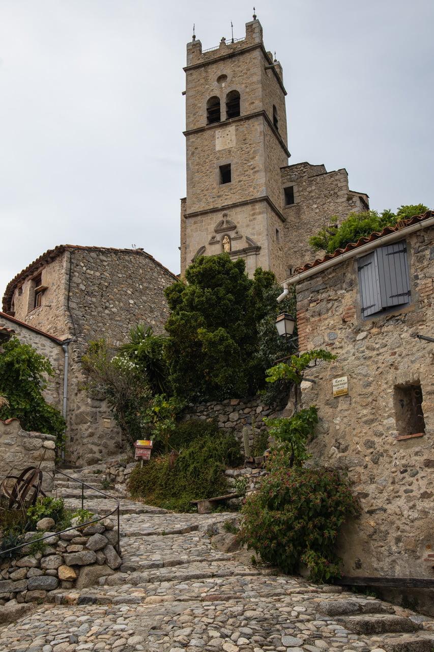 Kirche in Eus Frankreich